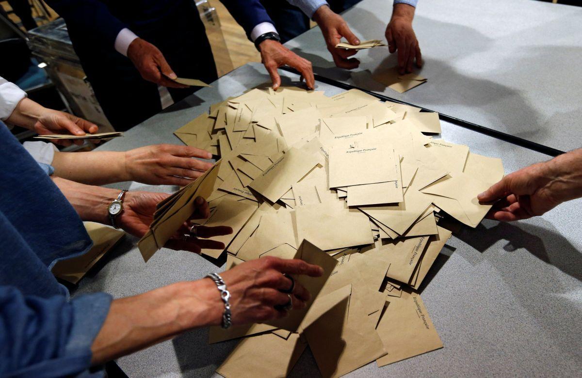 Голосование во Франции / REUTERS