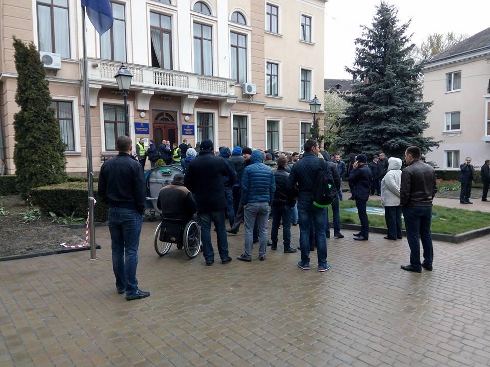 У Тернополі невідомі заблокували сесію міськради / УНІАН