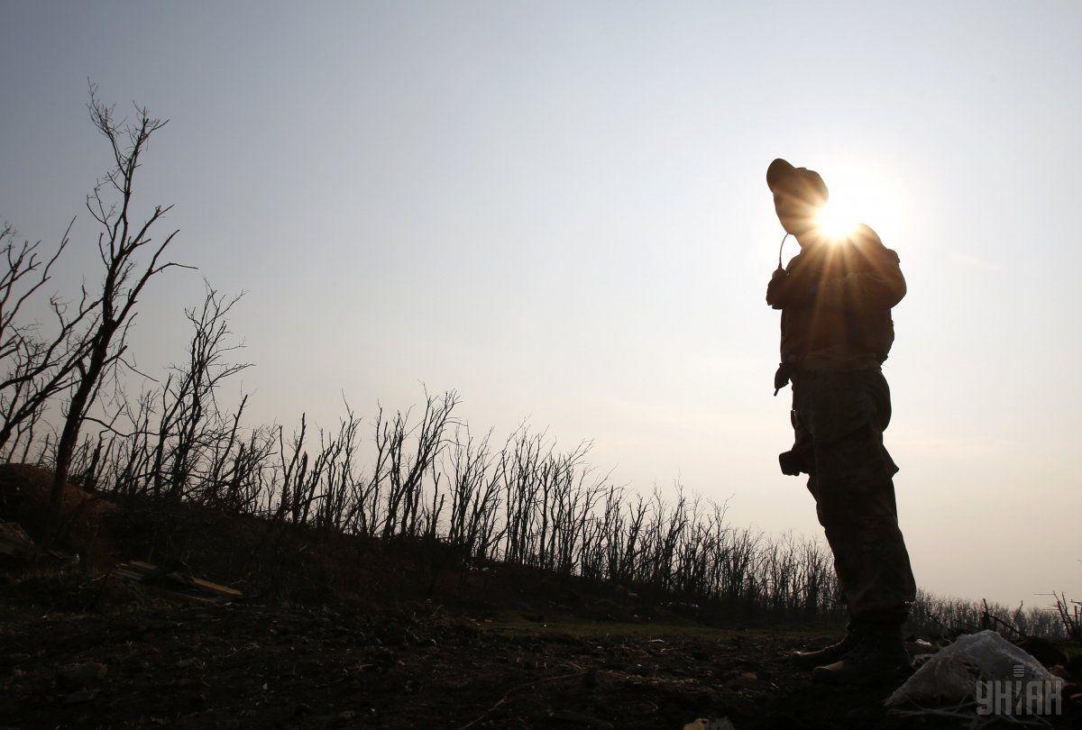 За прошедшие сутки в ходе боевых действий на Донбассе погиб украинский военный / фото УНИАН