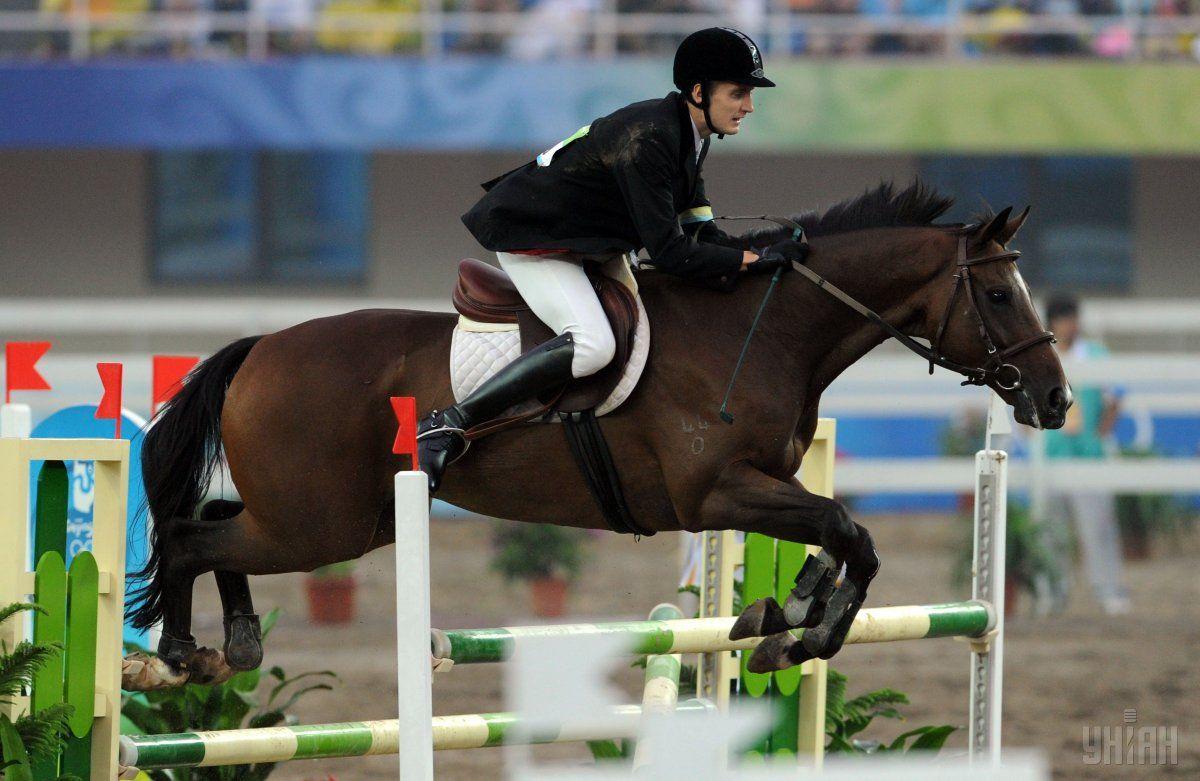 Тимощенков: Я тренируюсь на конной базе