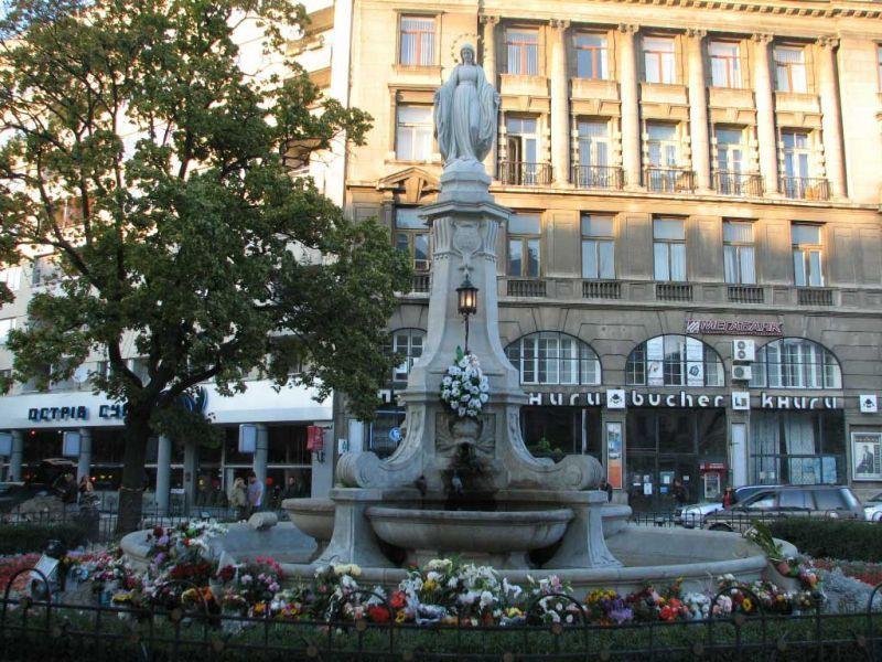 Католики будут молиться на проспекте в центре Львова