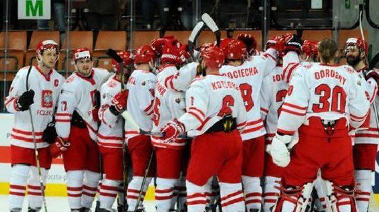 Сборная Польши по хоккею продолжает борьбу за путевку в Топ-дивизион чемпионата мира / IHF.com