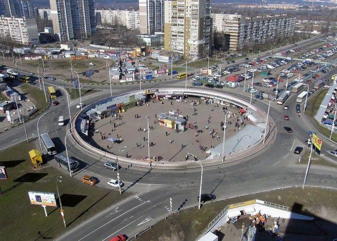 В Украине вводят новые правила пересечения круговых перекрестков / Фото Аutonews