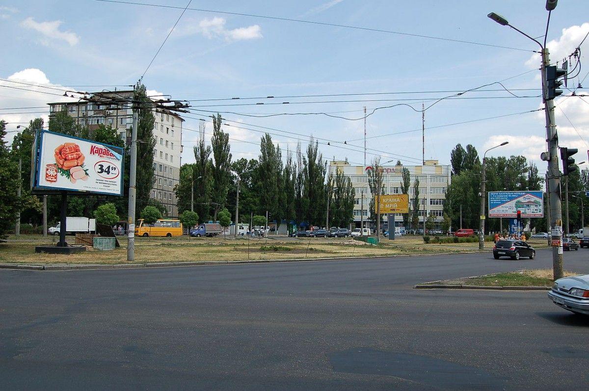 Інтернаціональну площу можуть перейменувати на пл. Валерія Марченка / wikipedia.org
