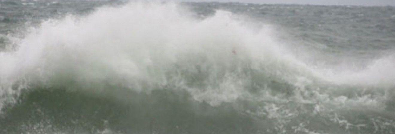 В Одесі вирує шторм через негоду (фото)