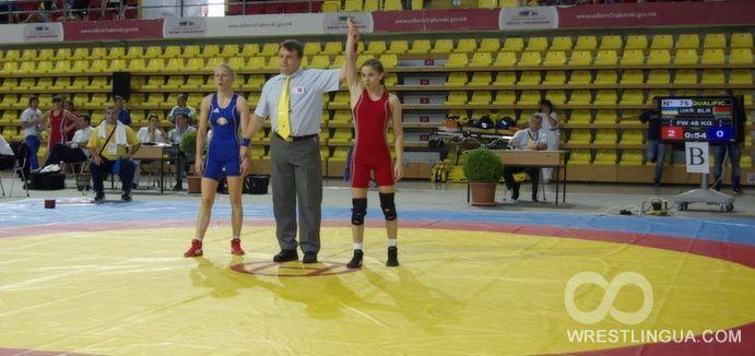 Илона Семкив (справа) завоевала для сборной Украины серебро чемпионата Европы / wrestlingua.com