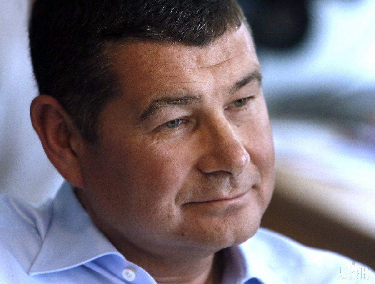 За словами Онищенка, він подав документи на оформлення робочої візи / фото УНІАН