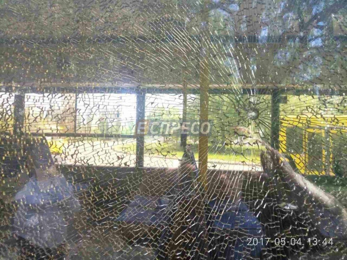 У столиці невідомий обстріляв автобус / Еспресо