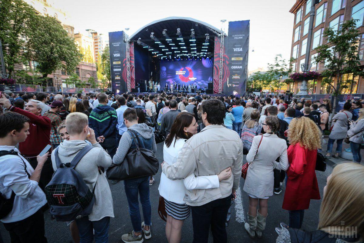 Нынешнее Еврогородок на Крещатике является крупнейшей в истории конкурса фан-зоной / Фото УНИАН