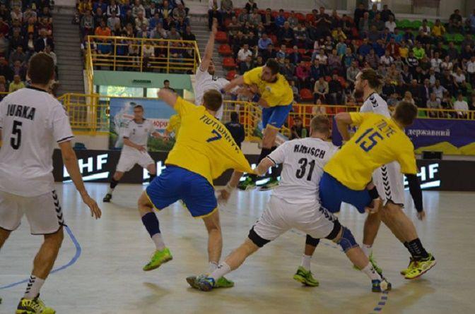 Чехия - Украина - 32:25 / eurohandball.com