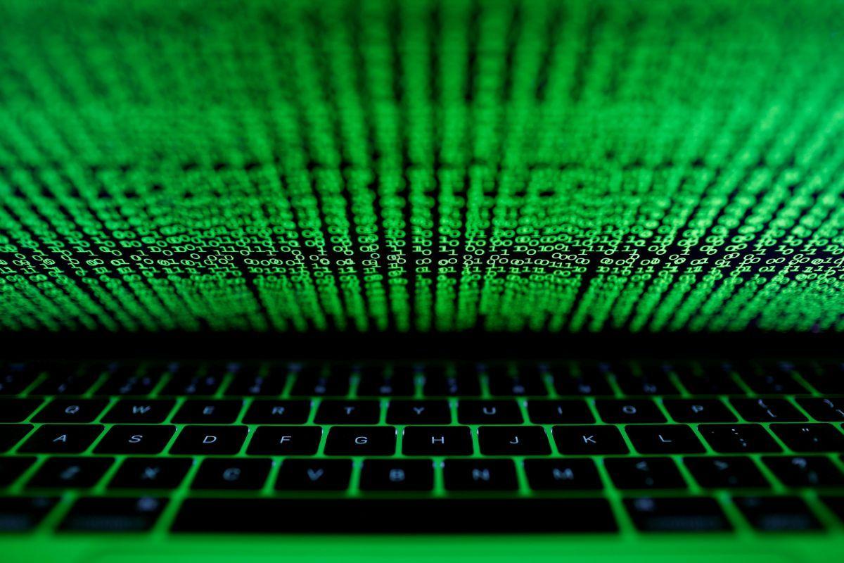 Масова кібератака вірусом Petya досі не припинилася - Європол
