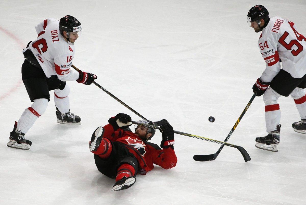 Сборная Канады оступилась в матче со Швейцарией / Reuters
