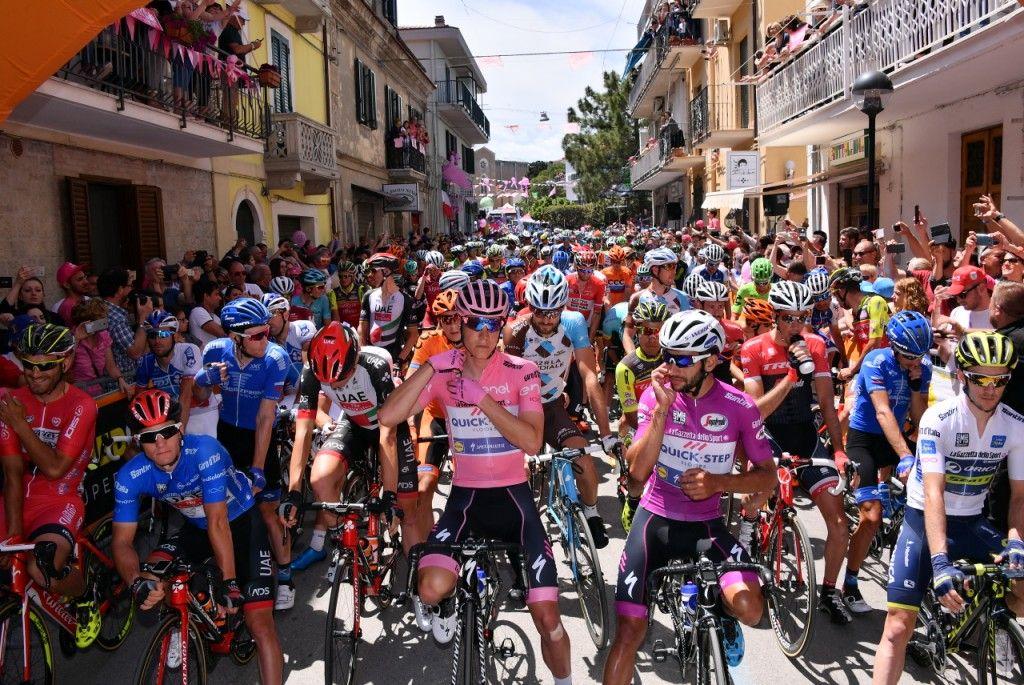На Giro d'Italia произошел серьезный инцидент / giroditalia.it