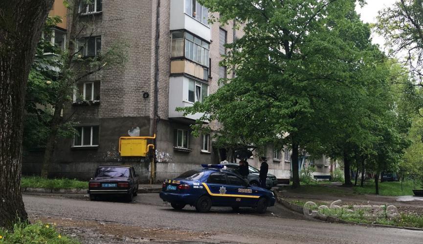 Таксист передав колегам сигнал про напад і прохання викликати поліцію / sobitie.com.ua