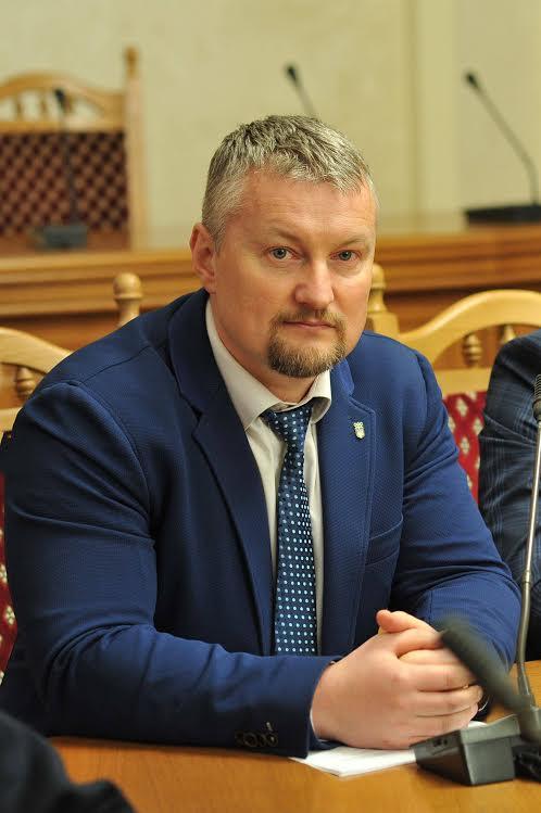 Віктор Мацикур переконаний, що в спорт потрібно вкладати кошти, адже ця галузь позитивно презентує Україну на світовій арені