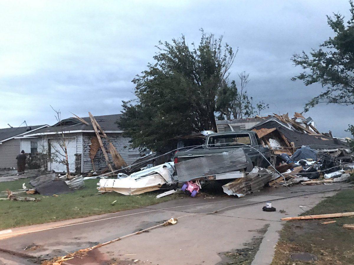 Наслідки торнадо в Оклахомі / twitter.com @JordannLucero