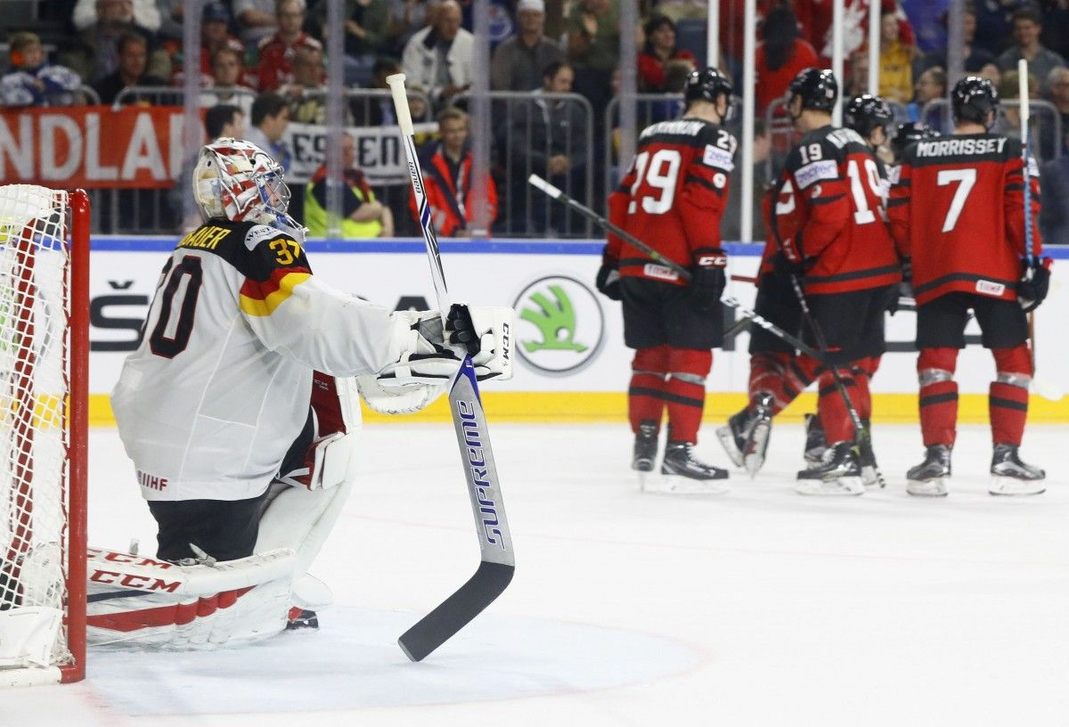 Збірна Канади обіграла Німеччину в чвертьфіналі ЧС / Reuters