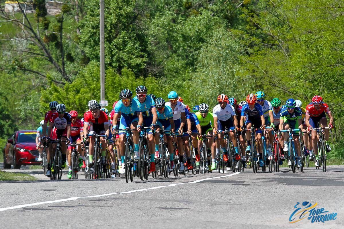 Вчера гонщики преодолели почти 180 км по дорогам Киевщины / Tour of Ukraine