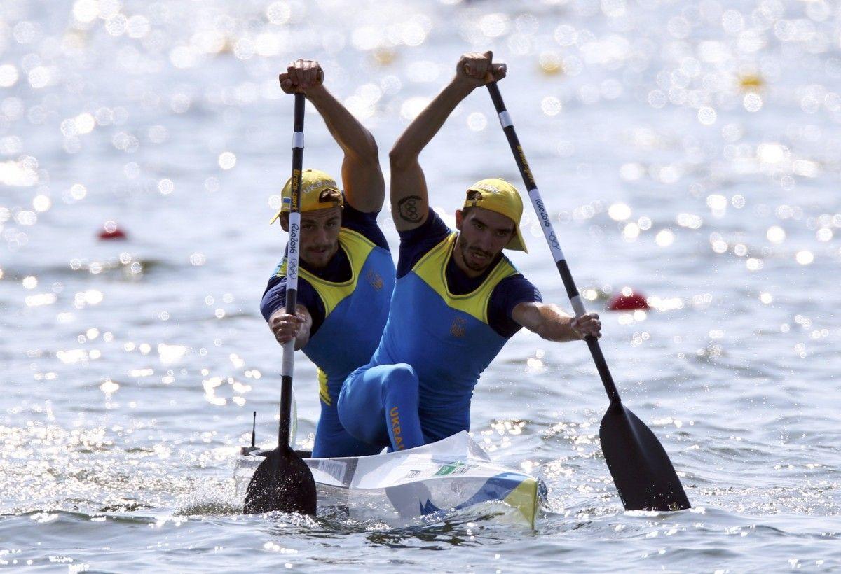 Янчук и Мищук выиграли на дистанции 500 метров / Reuters