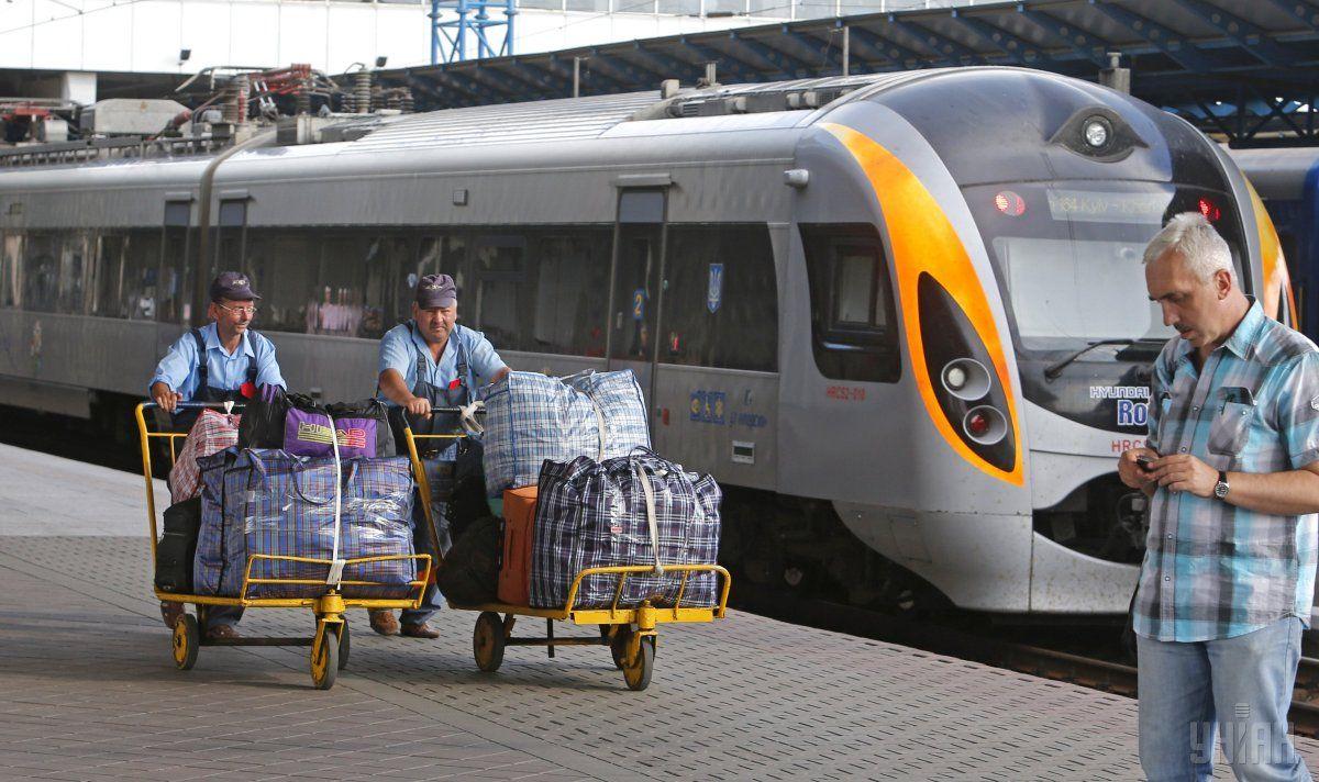 Поезд будет курсировать 23 и 26 августа из Львова, 24 и 27 августа из Киева / фото УНИАН