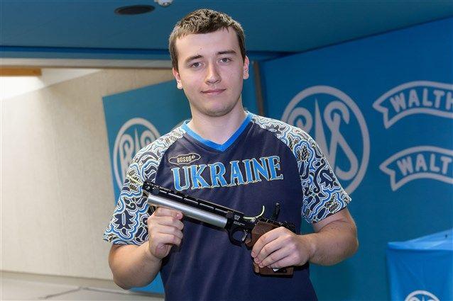 Українець Коростильов став чемпіоном Європи зі стрільби, команда - срібний призер