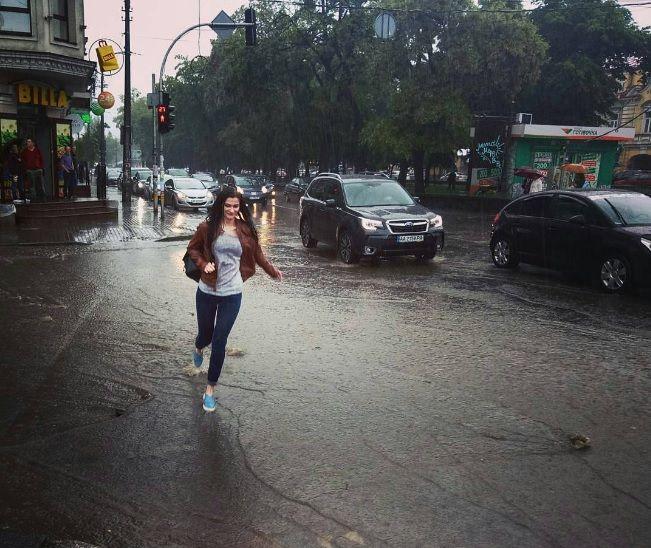 Київ сьогодні накрило дощем / фото instagram.com/mr_1ggy/