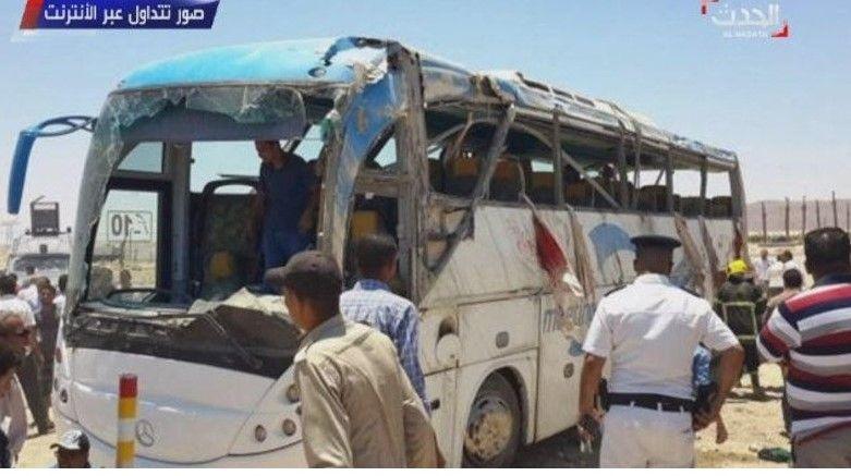 У Єгипті в результаті стрілянини загинули понад 20 коптських християн