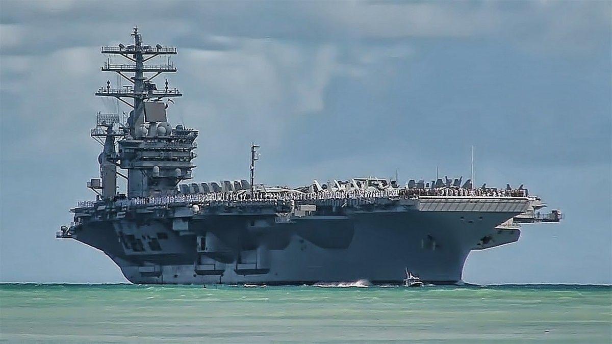 Для сдерживания КНДР направлено уже третью авианосную группу ВМС США