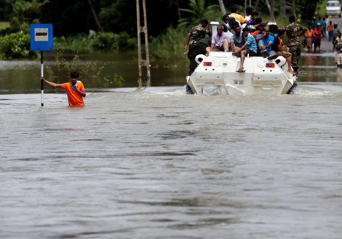Повінь на Шрі-Ланці / Reuters