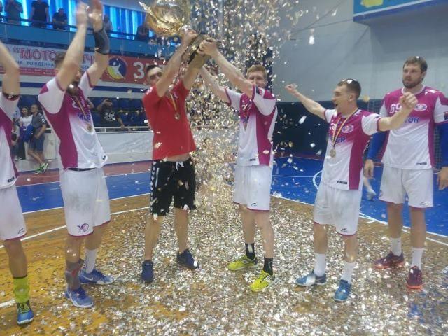 """Мотор"" в четвертый раз выиграл Кубок страны / handball.net.ua"