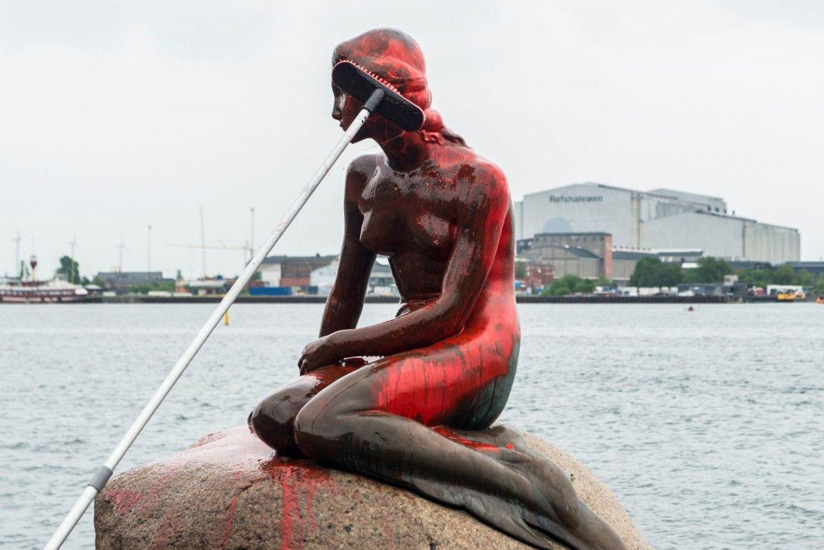 Статуя Русалочки / REUTERS