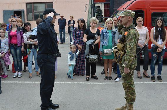 Бійці роти патрульної служби поліції вирушили на ротацію в АТО / Фото відділу комунікації поліції Тернопільської області