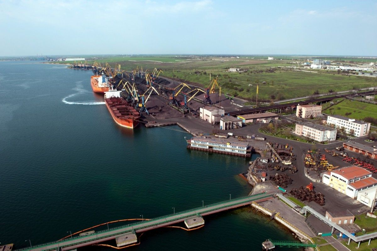 "Порт ""Южный"" / seafarersjournal.com"