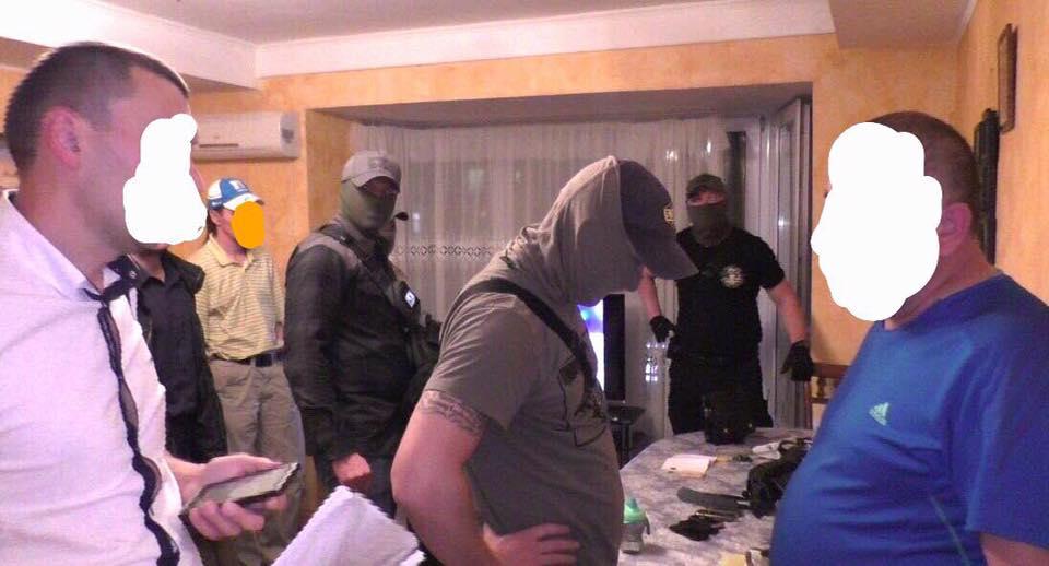 Бизнесмена пытались вывезти в РФ / фото Юрий Луценко, Facebook