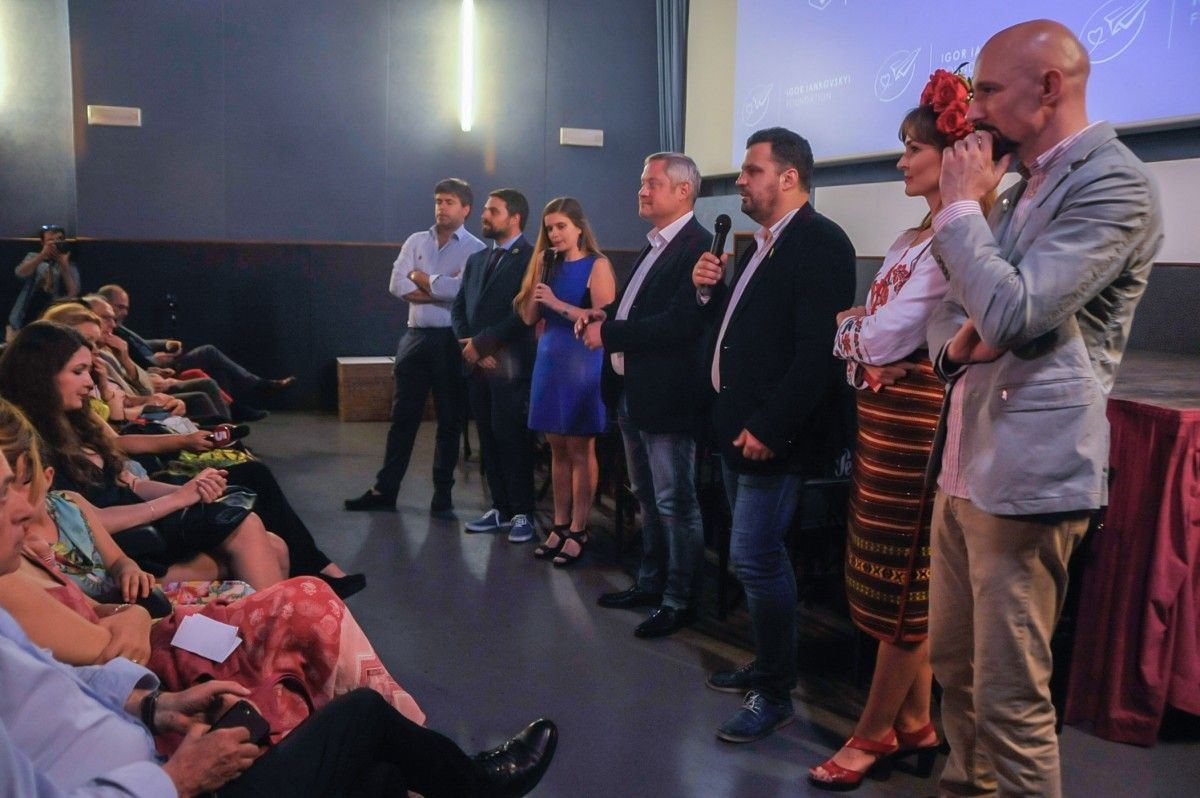 Игорь Янковский и Филипп Ильенко открывают