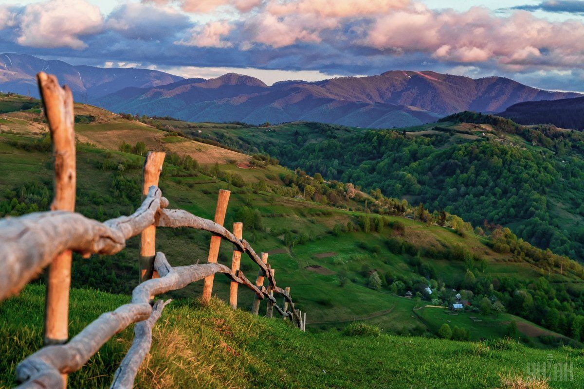 Неповторимое ощущение свободы можно испытать только в горах / Фото УНИАН