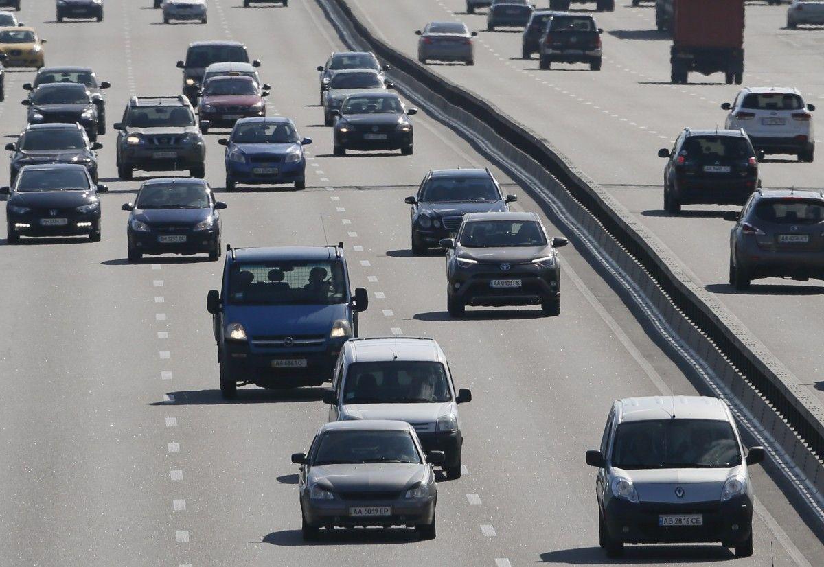 В следующем году в Украине пообещали построить еще больше дорог /REUTERS