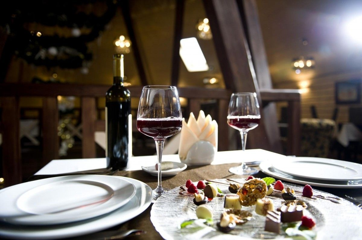 Стало известно, какую еду надо убрать со стола перед свиданием / фото ТАОР