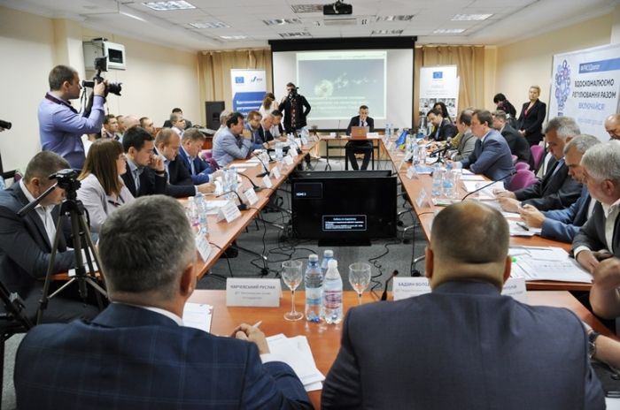 Метою цих консультацій є вироблення чесних правил діяльності бізнесу в Україні / oda.zt.gov.ua