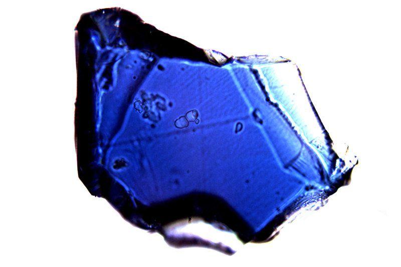 Вода в ньому укладена в кристалічну структуру мінералів / фото Jasperox