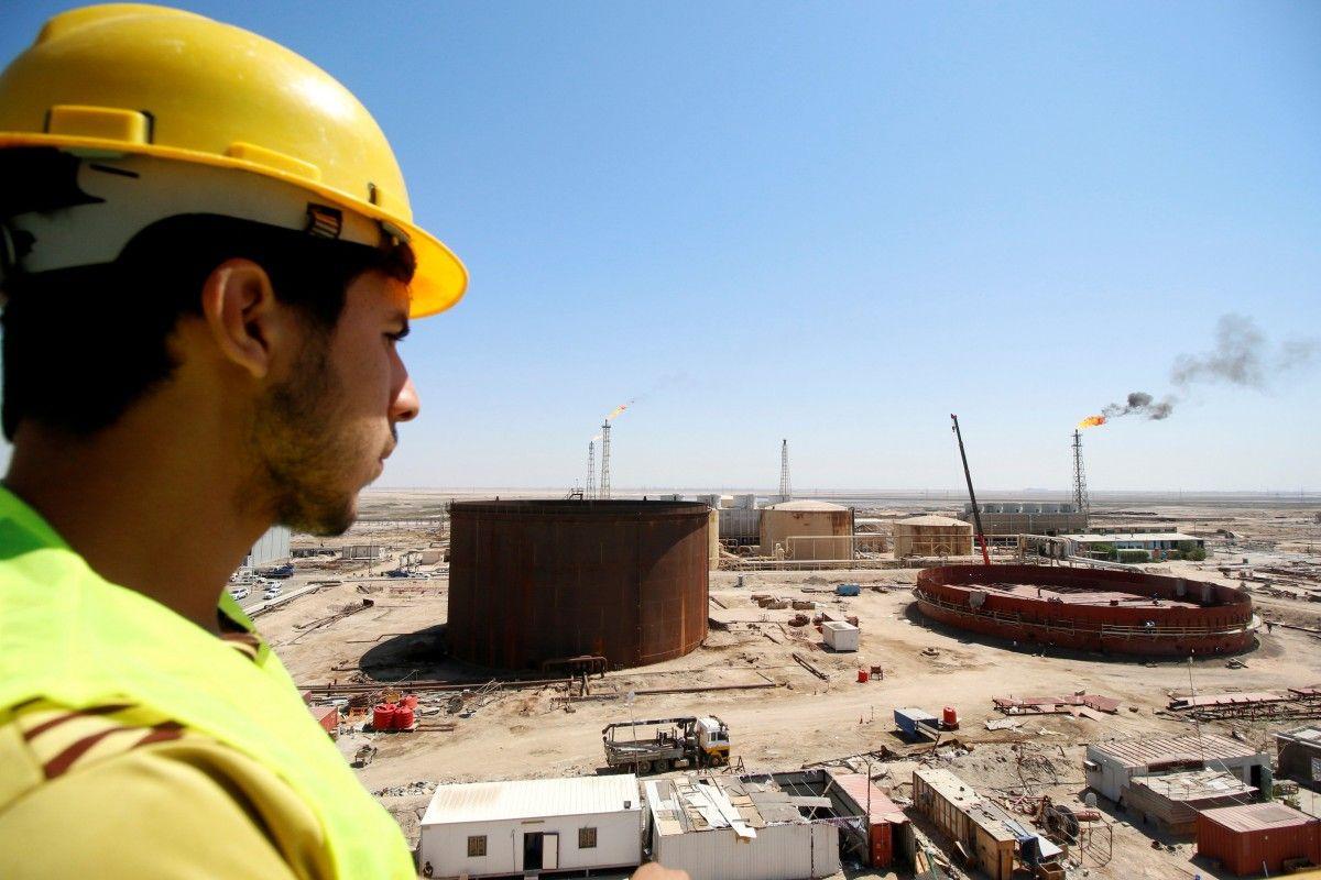 Цена нефти Brent опустилась ниже отметки в 58 долларов за баррель