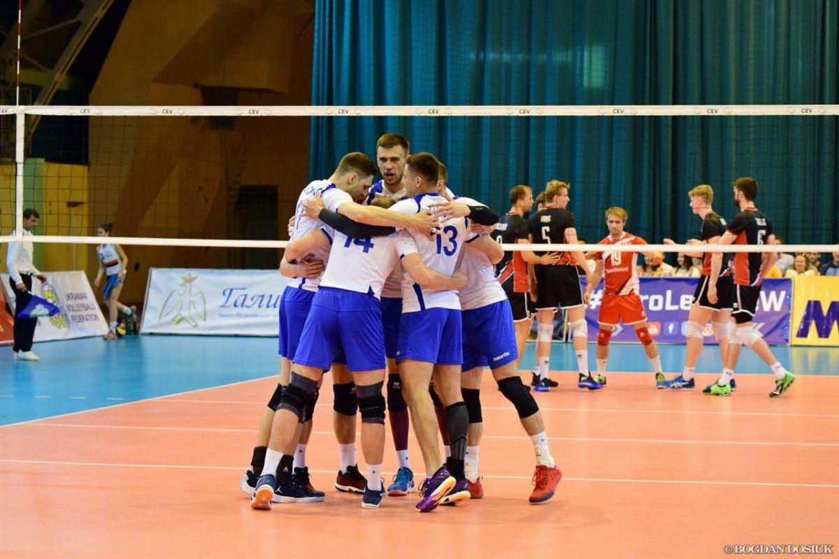 Сборная Украины одержала еще одну победу в Ивано-Франковске / cev.lu