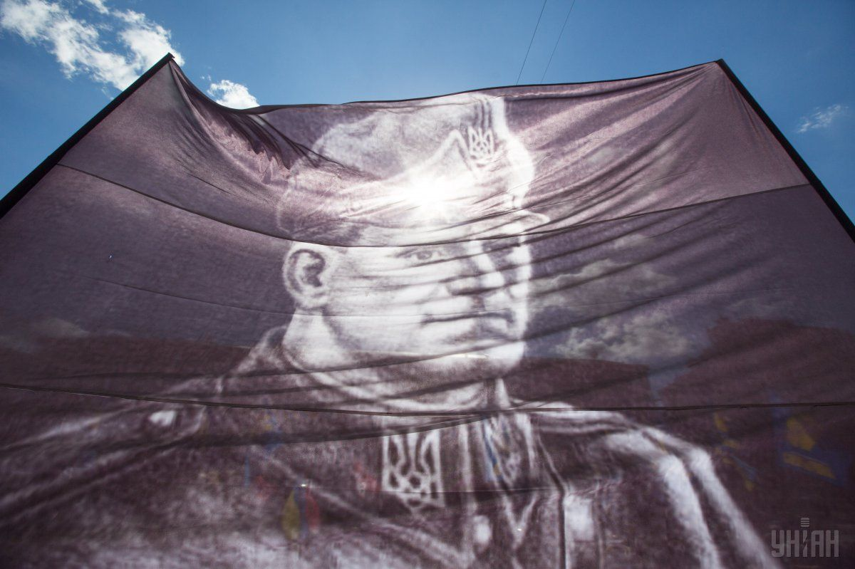 Нардеп каже, що в Києві таки буде проспект Шухевича / фото УНІАН