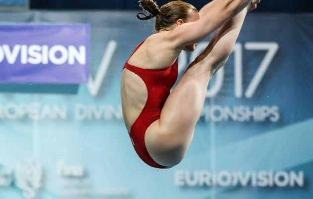 Украина выиграла первое золото надомашнемЧЕ попрыжкам вводу