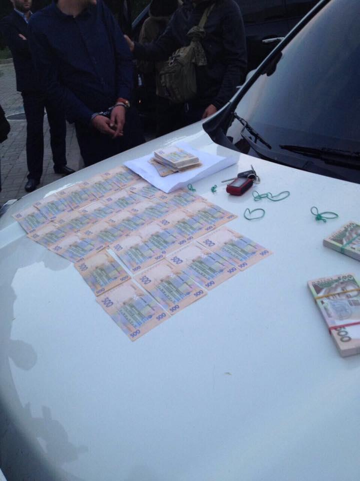 8827faa08c5474 rbc.ua У Києві на хабарі у 285 тисяч гривень погорів оперуповноважений  відділу поліції