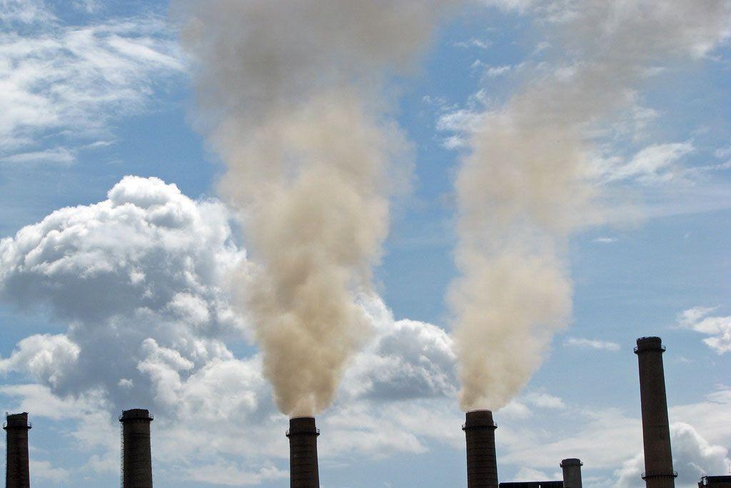 Топ-20 забруднювачів повітря України / фото Світового банку