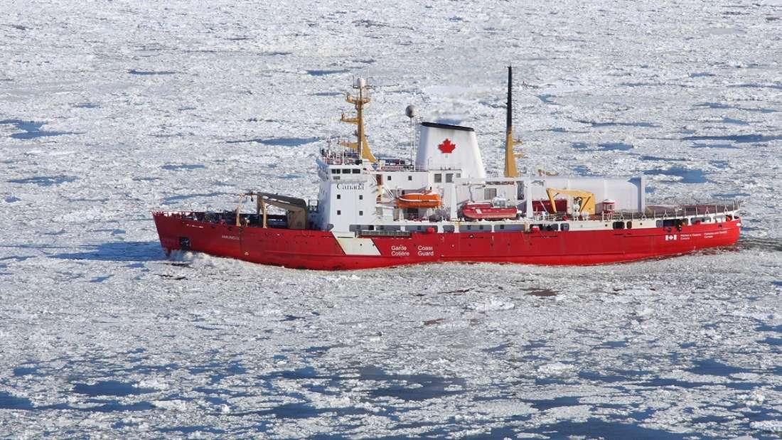 Корабль, на котором ученые выдвинулись в експедицию / фото Университет Манитобы
