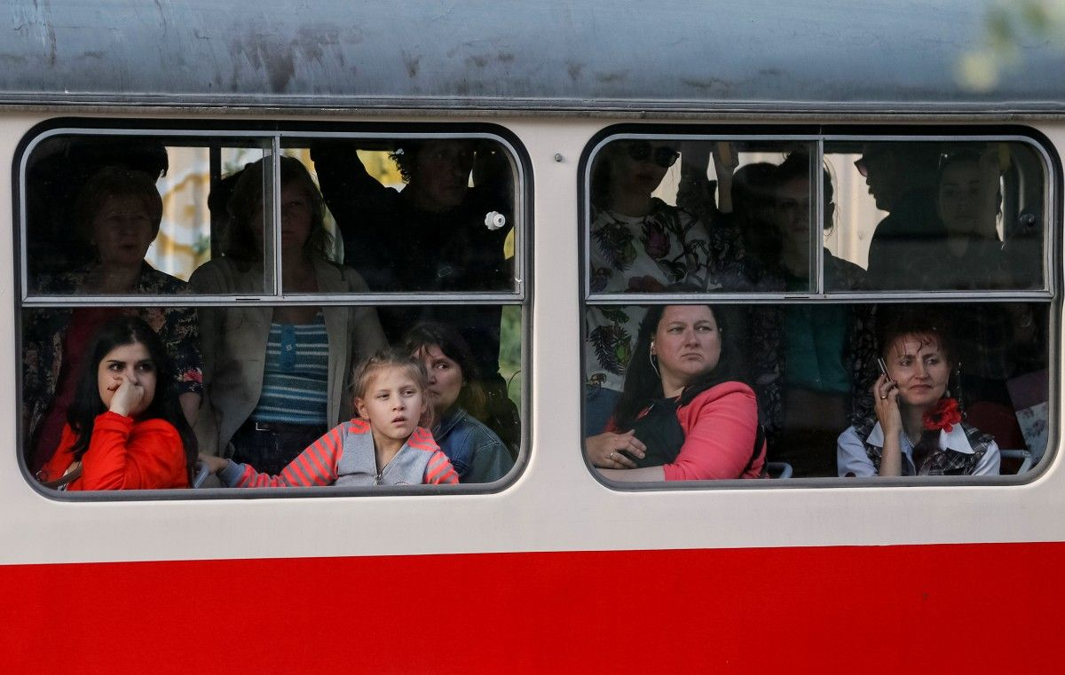 УГройсмана определились сбудущим повышением заработной платы украинцам