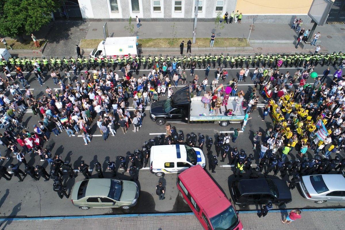 Порядок в столице охраняют 5 тысяч правоохранителей / УНИАН