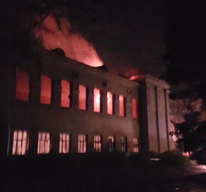 пожар начался до того, как произошел взрыв / фото соцсети